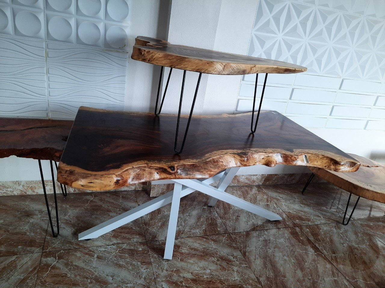 Báo giá mặt bàn gỗ me tây chi tiết