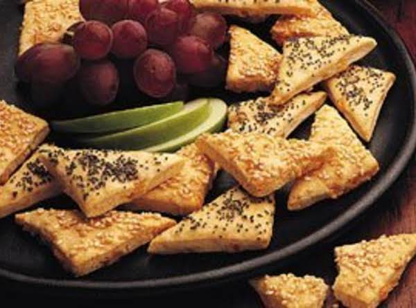 Beer Cheese Triangles With Zesty Cheese Sauce