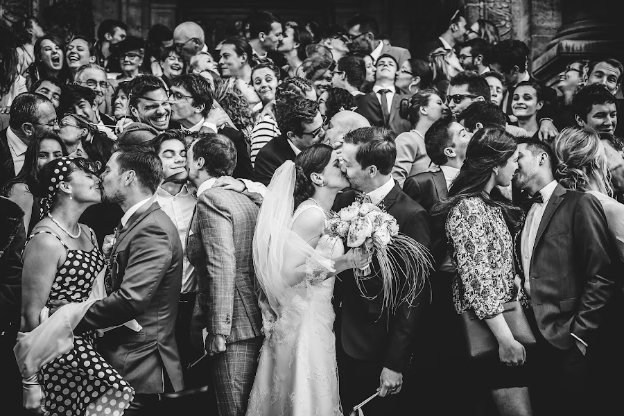 Wedding photographer Julien Laurent-Georges (photocamex). Photo of 28.01.2019
