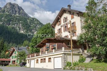 Maison 12 pièces 480 m2