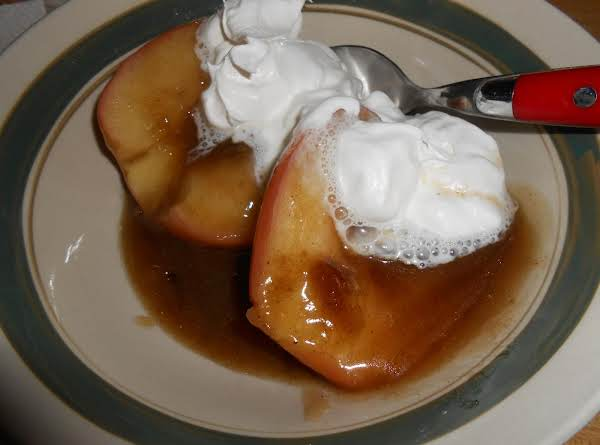 Buttery Cinnamon Skillet Apples Recipe