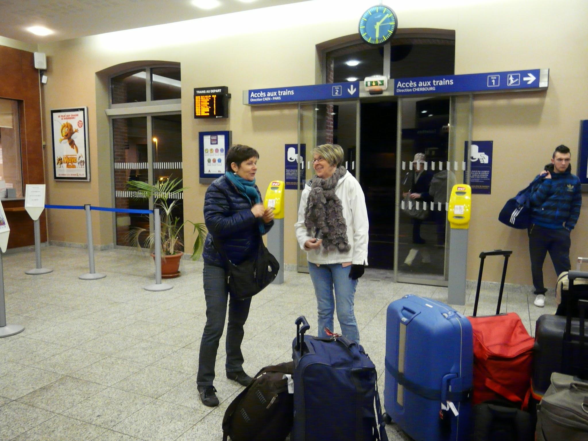 Photo: Vendredi 30 janvier 2015, départ matinal à la gare de Carentan...