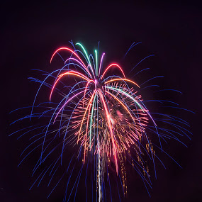And the rocket's red glare2 by Jeffrey Genova - Public Holidays July 4th ( flash, sky, freedom, nikkor, fireworks, night, nikon,  )