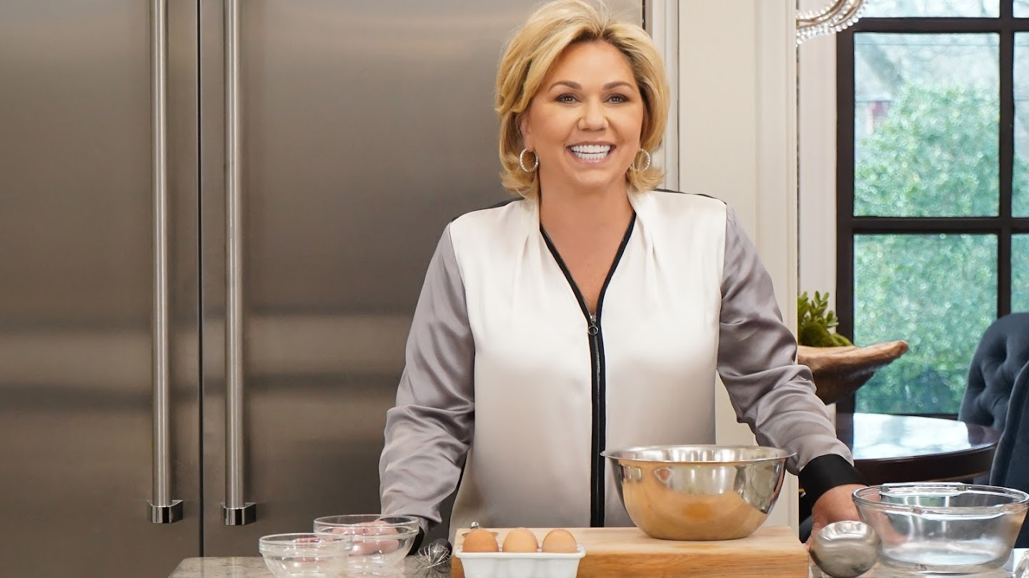 Watch What's Cooking With Julie Chrisley live