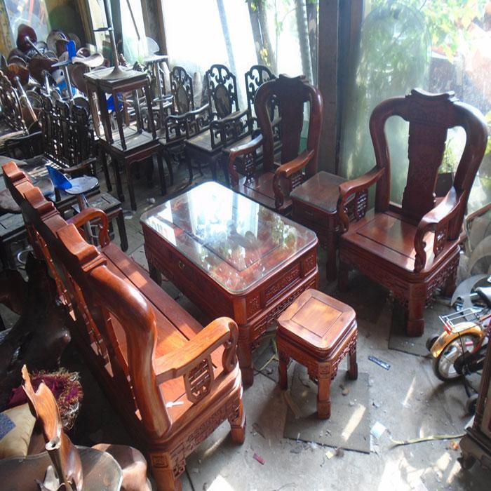 Mua đồ gỗ cũ giá rẻ tại chợ đồ cũ lớn nhất Hà Nội | Chia sẻ tin 24h