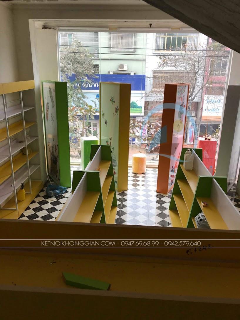 thiết kế và thi công nội thất nhà sách hiện đại