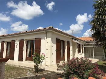 maison à La Couronne (16)