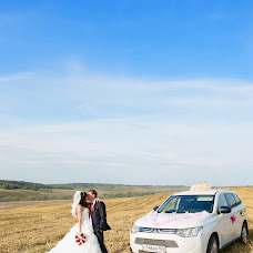 Wedding photographer Anna Mart (annamart). Photo of 18.02.2014