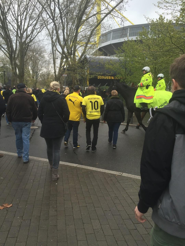 ドルトムントでサッカー試合観戦