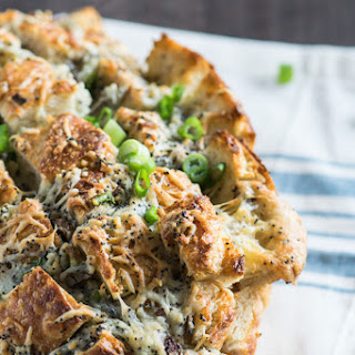 Cheesy Pull-Apart Game Day Bread.