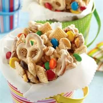 Peanutty White Chocolate Snack Mix