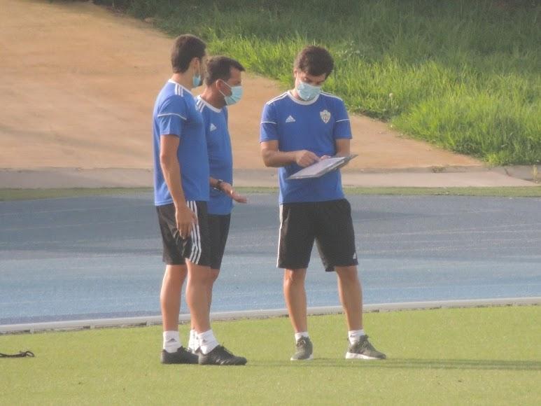 Mario Silva busca el mejor once.