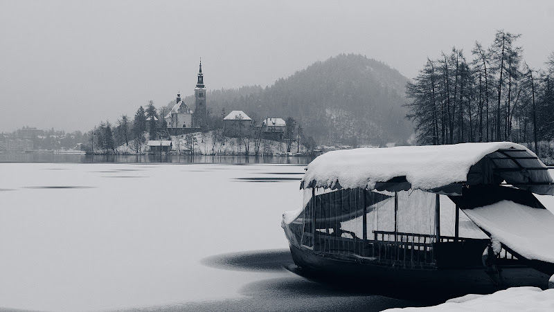 Winter in Bled di SG67