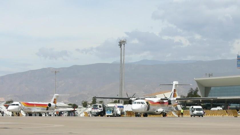 El aeropuerto de Almería podría llamarse 'Antonio de Torres'.