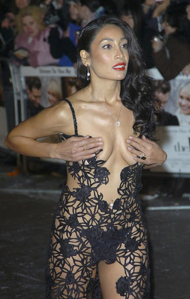 Sofiya Hayat in black transparent dress, Sofiya Hayat in see through dress