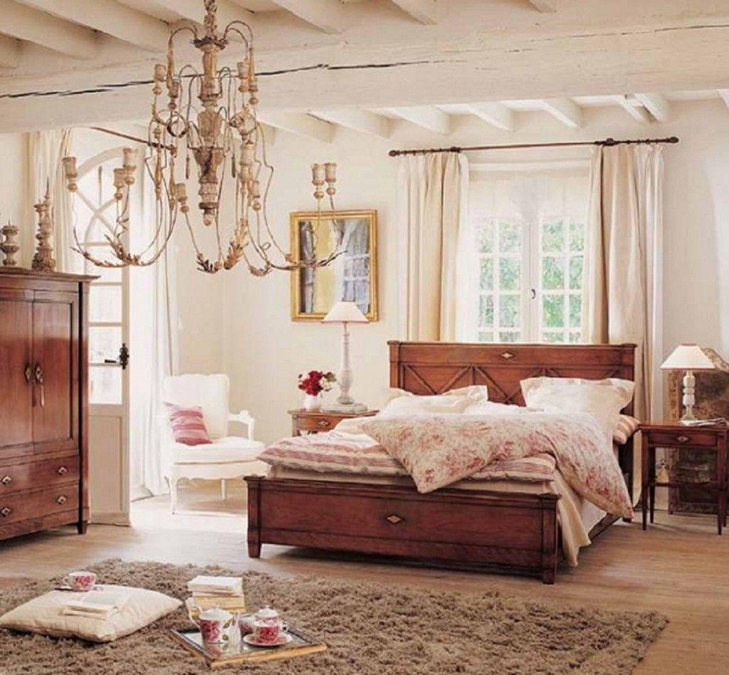 Đèn chùm ấn tượng cho phòng ngủ vintage