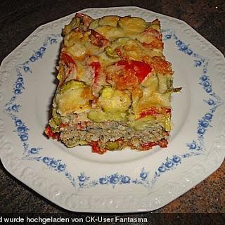 Zucchini-Tomatenauflauf mit Rinderhack und Reis