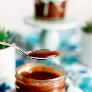 Homemade Nutella recipe (Chocolate Hazelnut Spread).