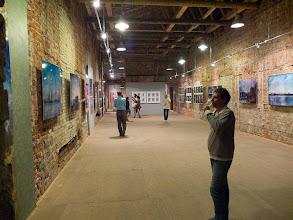 "Photo: VIII Shiryaevo Biennale of Contemporary Art ""Screen: between Europe and Asia"", Exposition a Samara 08/2013"
