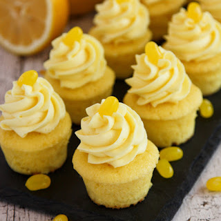 Triple Lemon Baby Cakes with Lemon Pudding Cream.