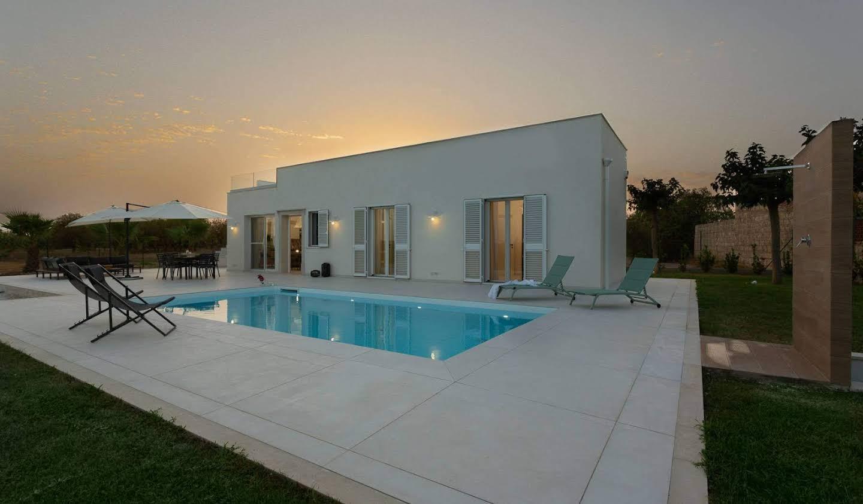 Villa avec jardin et terrasse Noto