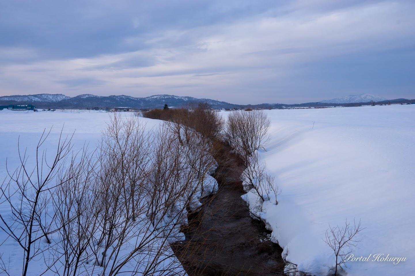 雪解けの河川