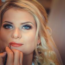 Wedding photographer Lora Kravcova (wedlora). Photo of 05.08.2017