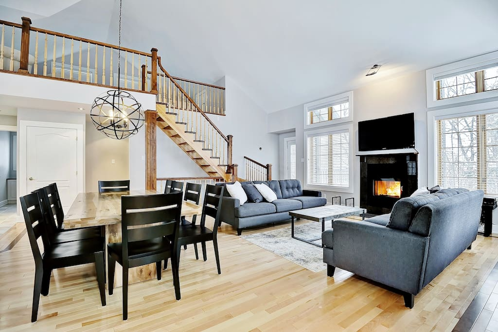 Cottages for rent with 4 bedrooms in Quebec #2