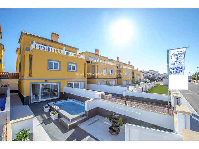 La Zenia Semidetached Villa for sale