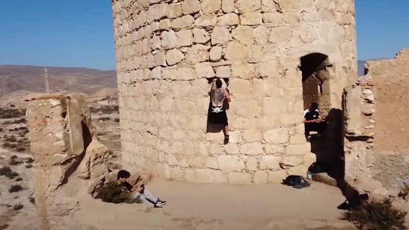 Fotograma extraído del vídeo compartido a través de YouTube.