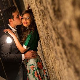 Kiss of love by Kshitij Bhaswar - Wedding Bride & Groom ( love, kshitij, kshitij bhaswar, greek, wedding, faridabad, pre wedding, india, couple )