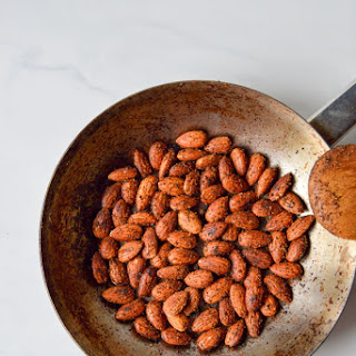 Spicy 5 Minute Toasted Almonds