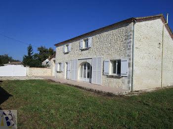 maison à Trois-Palis (16)
