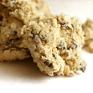 Orange-oatmeal-currant Cookies