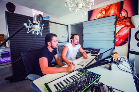 Summer studio - Dimitri Vegas & Like Mike @ Ibiza