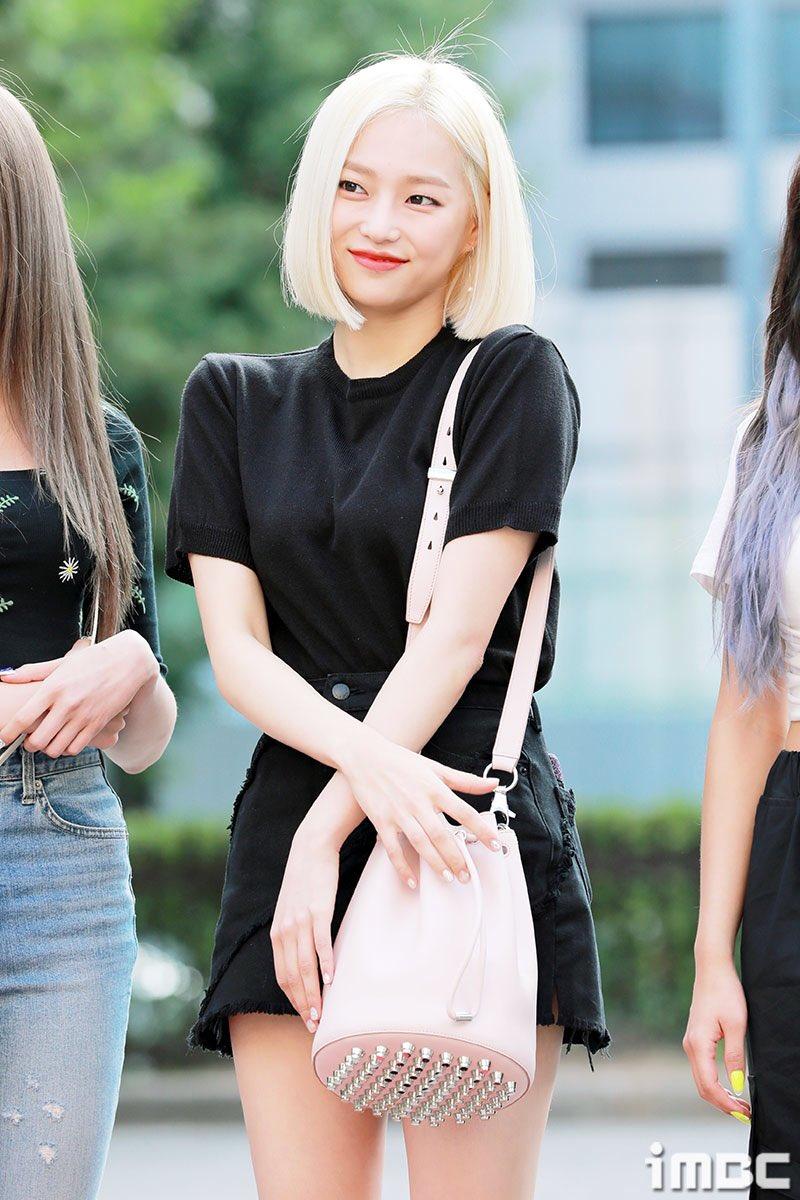 yeeun black 11