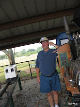 Photo: Gary Brothers leaning on Charles Williams's loco.  HALS RPW  2009-0905