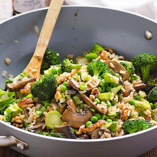 Clean Eating Portobello Mushrooms and Broccoli Stir Fry.