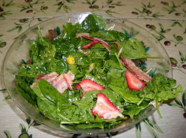 Strawberry Mango Spinach Salad Recipe