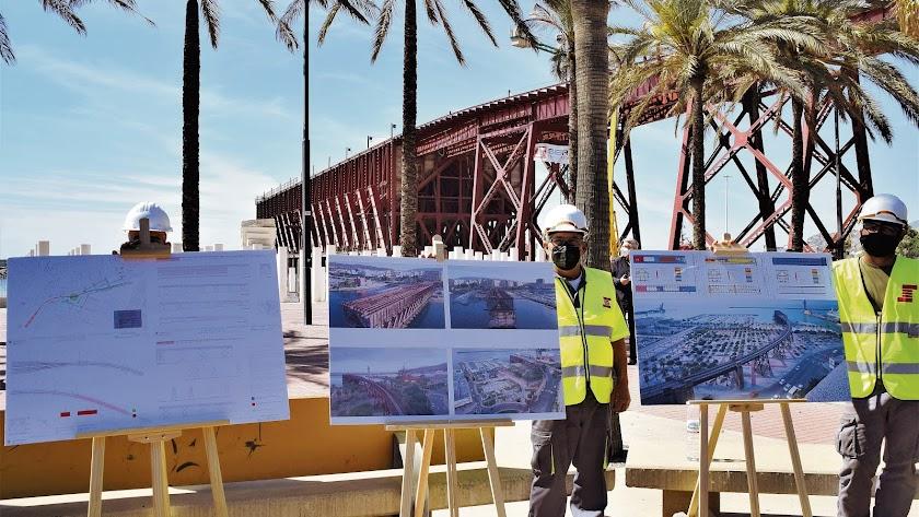 Proyecto preparado para las explicaciones al ministro Ábalos con el Cargadero del Mineral de fondo