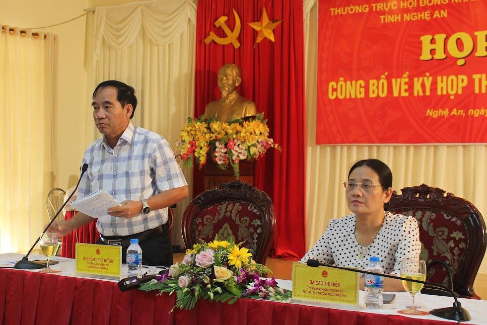 Ông Hoàng Viết Đường, Phó Chủ tịch HĐND tỉnh trả lời các vấn đề nhà báo quan tâm