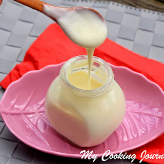 Condensed Milk – Homemade Sweetened Condensed Milk.