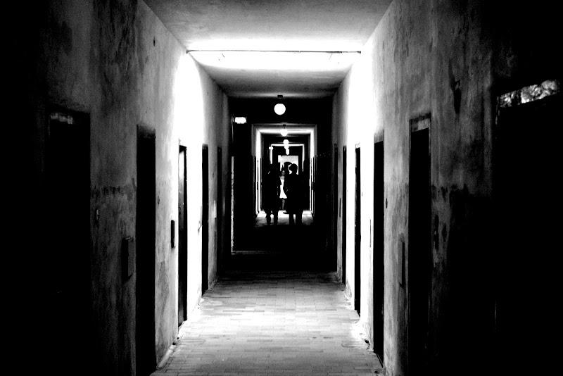 Un Corridoio pieno di sofferenza di Simone Bernardini