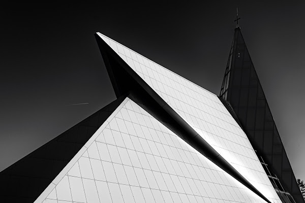 Chiesa a Fiume (CRO) di NinoZx21