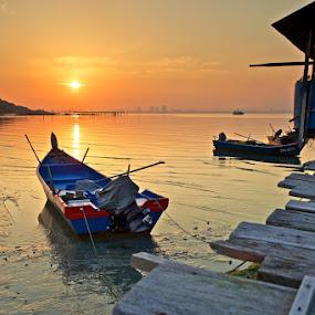 a new beginning by Christopher Harriot - Landscapes Sunsets & Sunrises ( penang, sea, low tide, sunrise, boat, sun, dock )