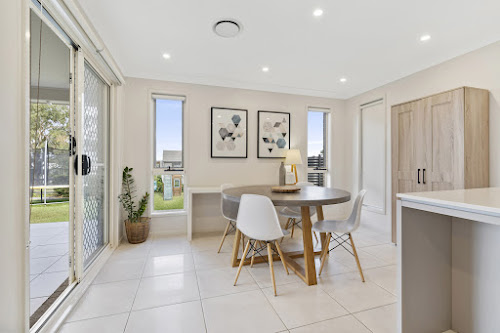 Photo of property at 14 Fernleigh Court, Cobbitty 2570