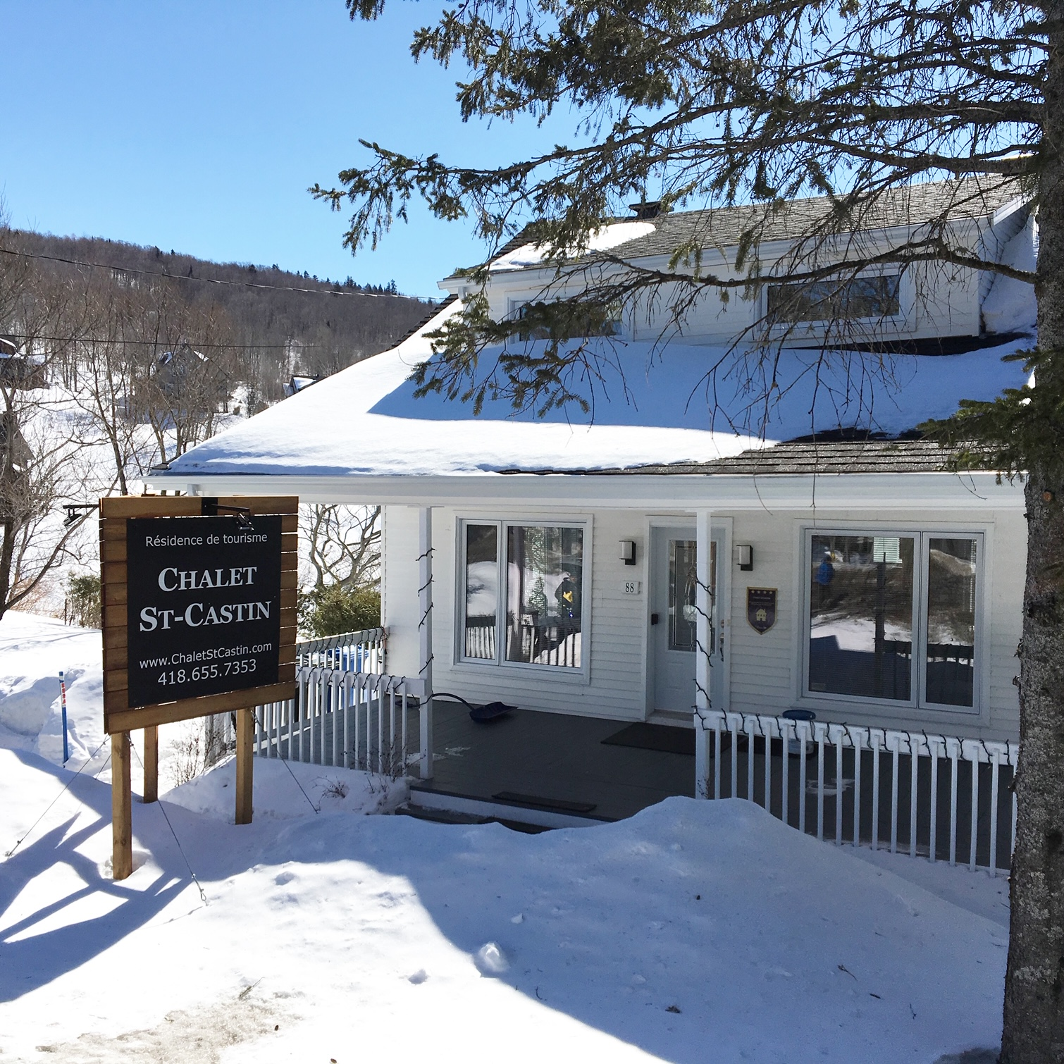 Cottages for rent near a ski mountain in Quebec City #2