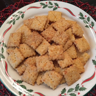 Cheez-it-ish Crackers