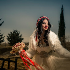 Wedding photographer Cihan Özdemir (studyocewahir). Photo of 10.03.2016