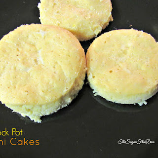 Crock Pot Mini Cakes.